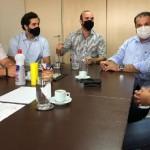 Presidente da Asplana, Edgar Antunes Filho, e sua diretoria, em reunião com o secretário da Fazenda, George Santoro
