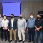 Prefeito JHC, presidente da Fiea José Carlos Lyra, e representantes da indústria da construção civil e do Sebrae Alagoas